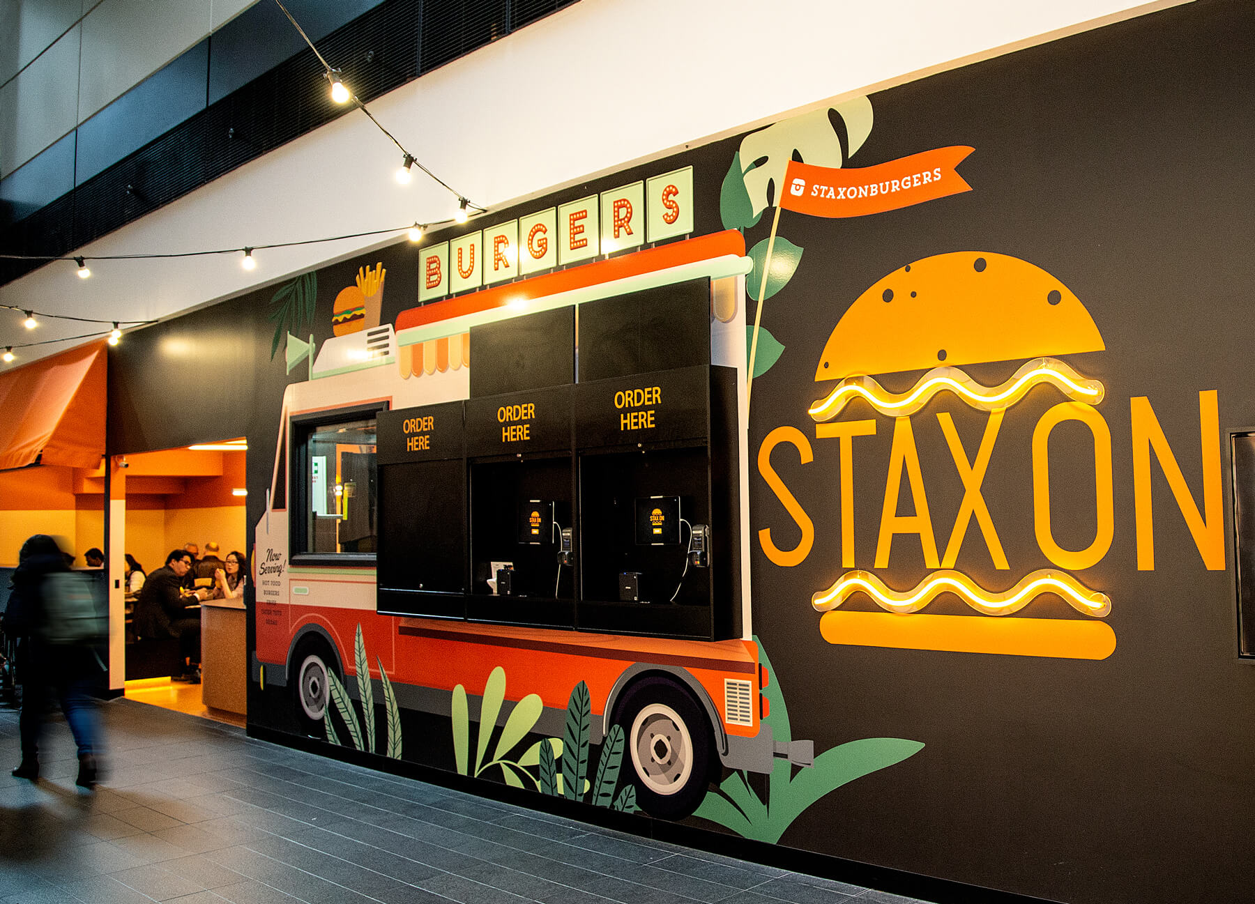stax-on-burgers-brand-refresh-design-mural-1